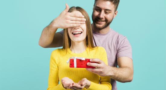 Dia dos namorados: acumular pontos no cartão de crédito